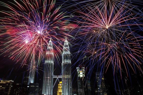 吉隆坡的双子塔也是象徵性的跨年地标
