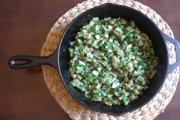 上次用鑄鐵鍋做成的馬鈴薯&甘藍早午餐~(請點圖片參考作法)
