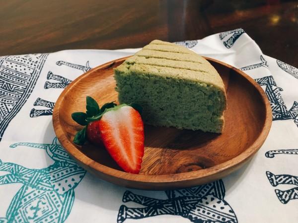 抹茶口味海綿蛋糕 Matcha Flavor Sponge Cake